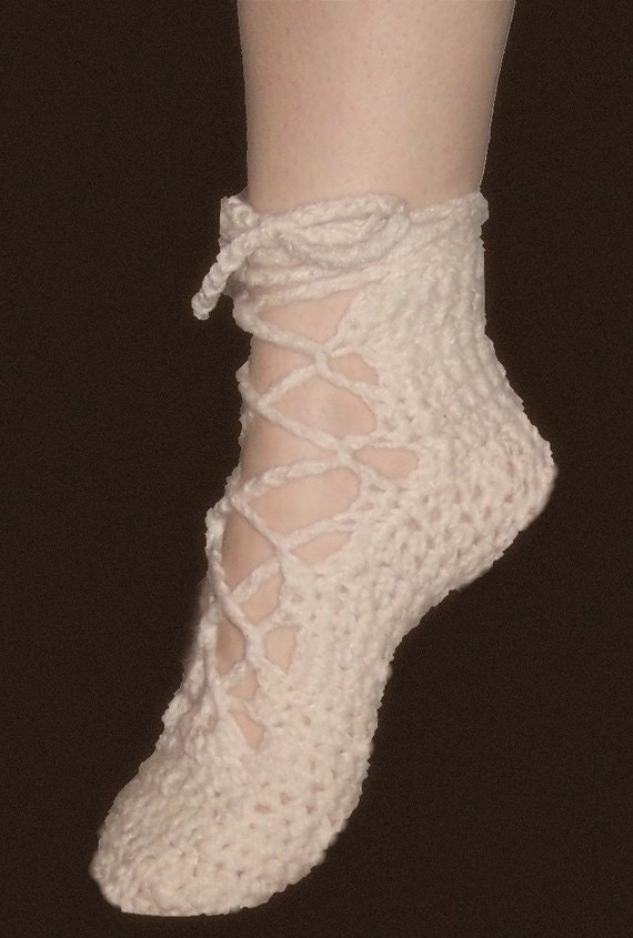 Crochet Pattern ShoesSoft and Feminine Lace Up by OnWillowLane