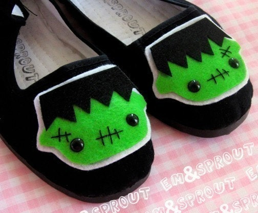 Frankenstein Monster Mary Jane Shoes - size 8
