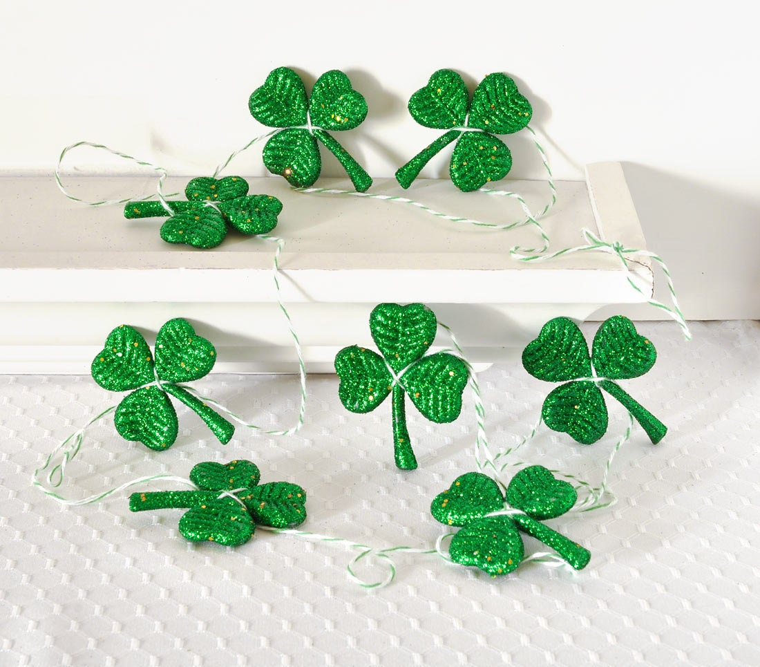 Irish Man Cave Garland Wall Decor Shamrock Clover by wishdaisy