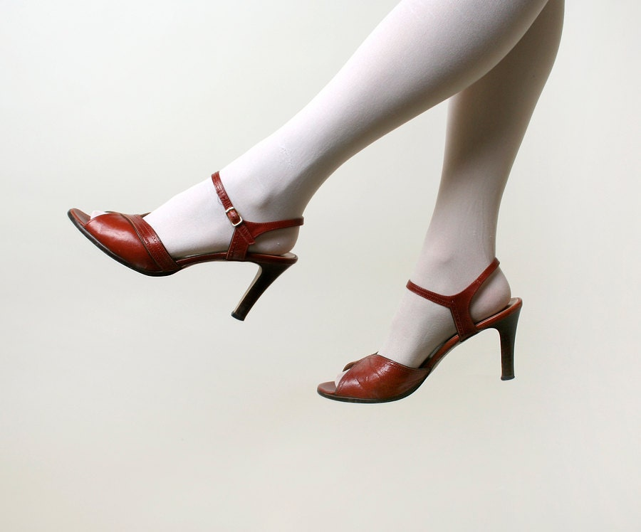 Vintage Stiletto Heels - Open Toe Rust Brown Sandals by Socialites - 7.5 Narrow N - zwzzy