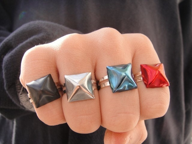 Pyramid Stud Ring- Silver, Red, Blue OR Black stud.