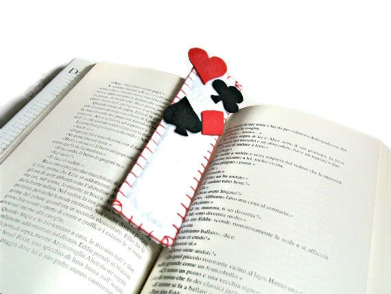 white bookmark playing cards with hearts, diamonds, clubs and spades of felt fabric - Buttonstyle