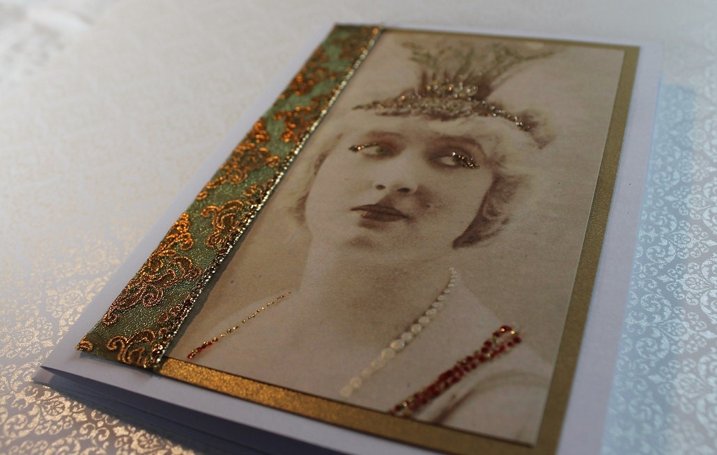 Frameable Art Greeting Card - queen for a day - aphroditescanvas
