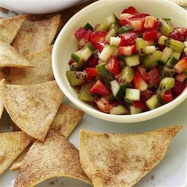 Adella Bellas Wild Strawberry Salsa And Brown Sugar Cinnamon Tortilla Chips