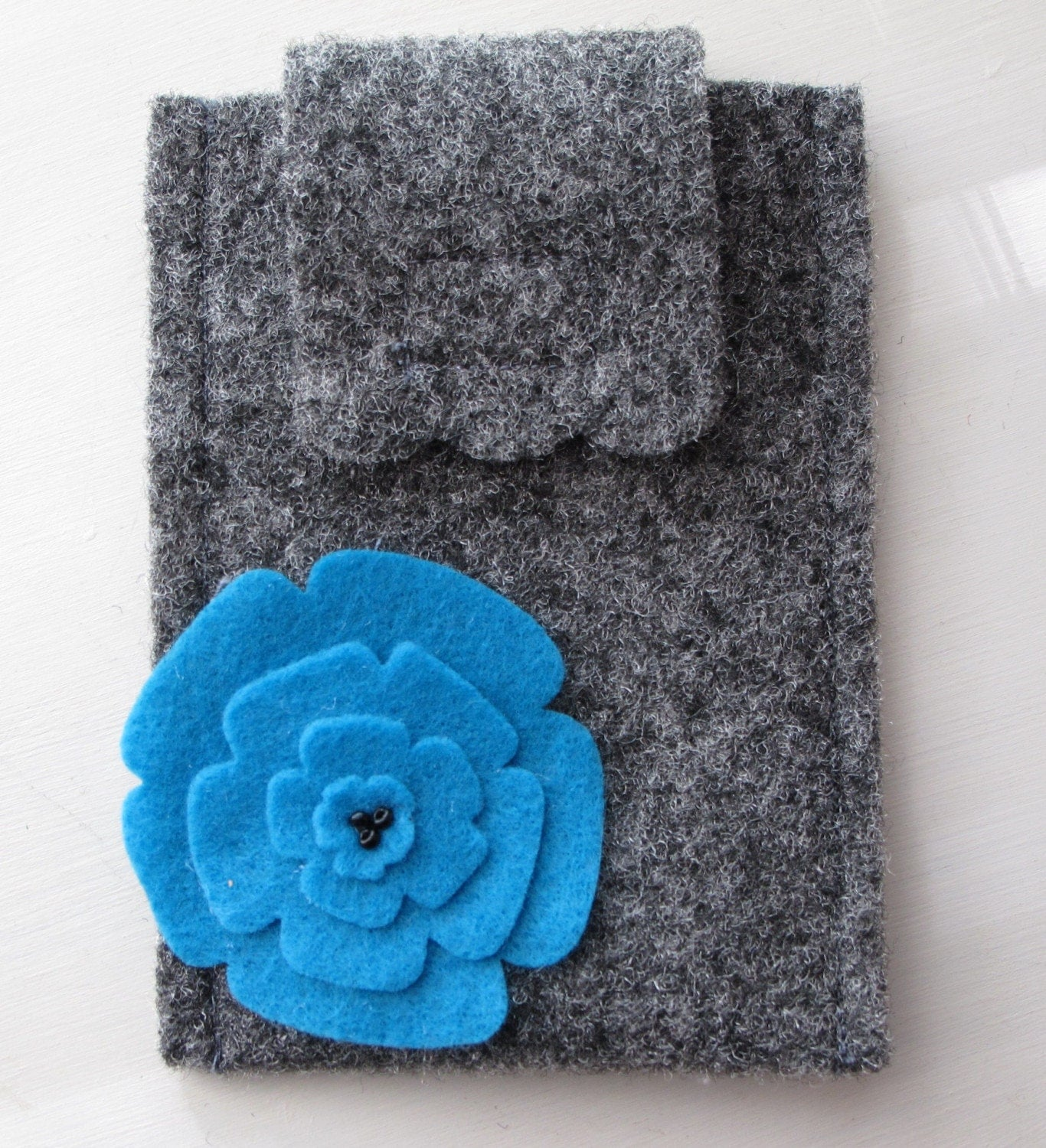 Grey Felt IPhone Cell Phone Camera Gadget Case with Turquoise Felt Flower