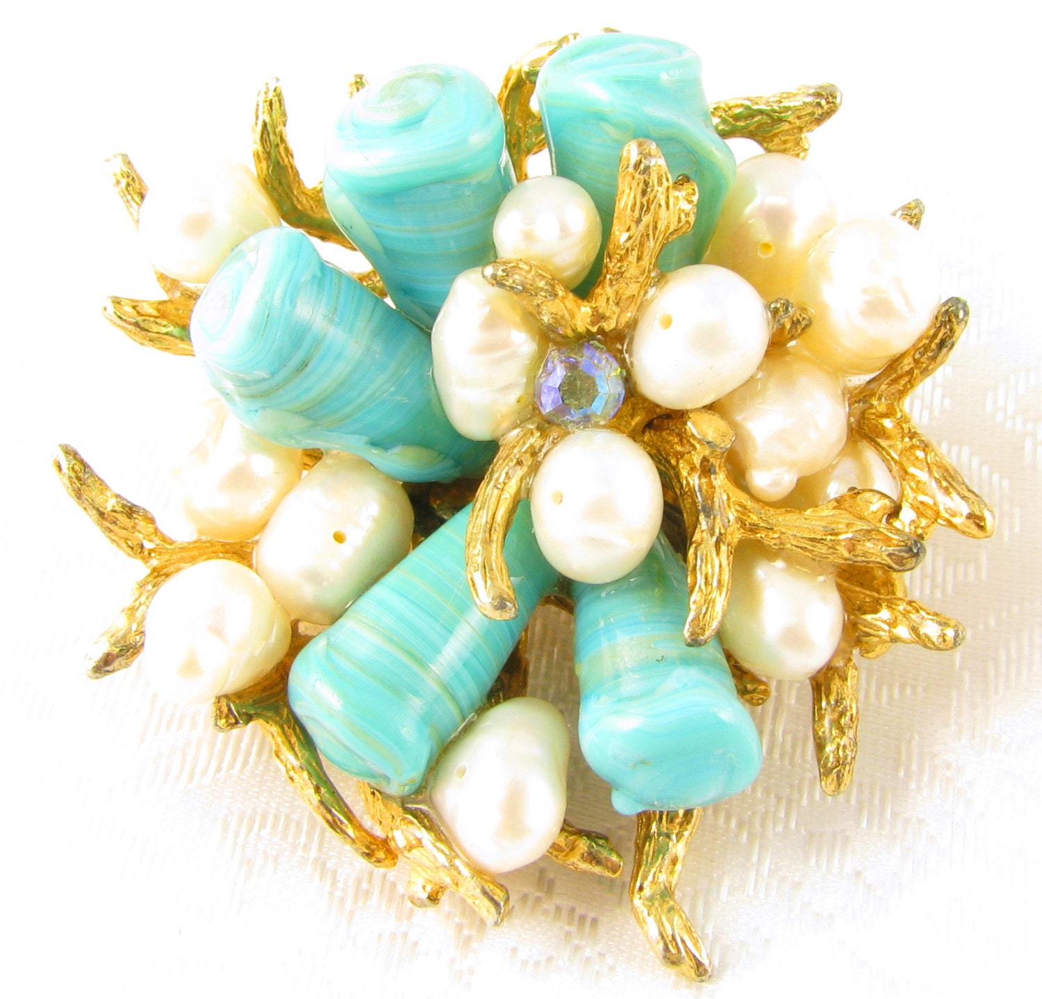 VOGUE Chunky CORAL REEF Freshwater Pearls Turquoise Blue Art Glass Brooch - RockbiterAntiques