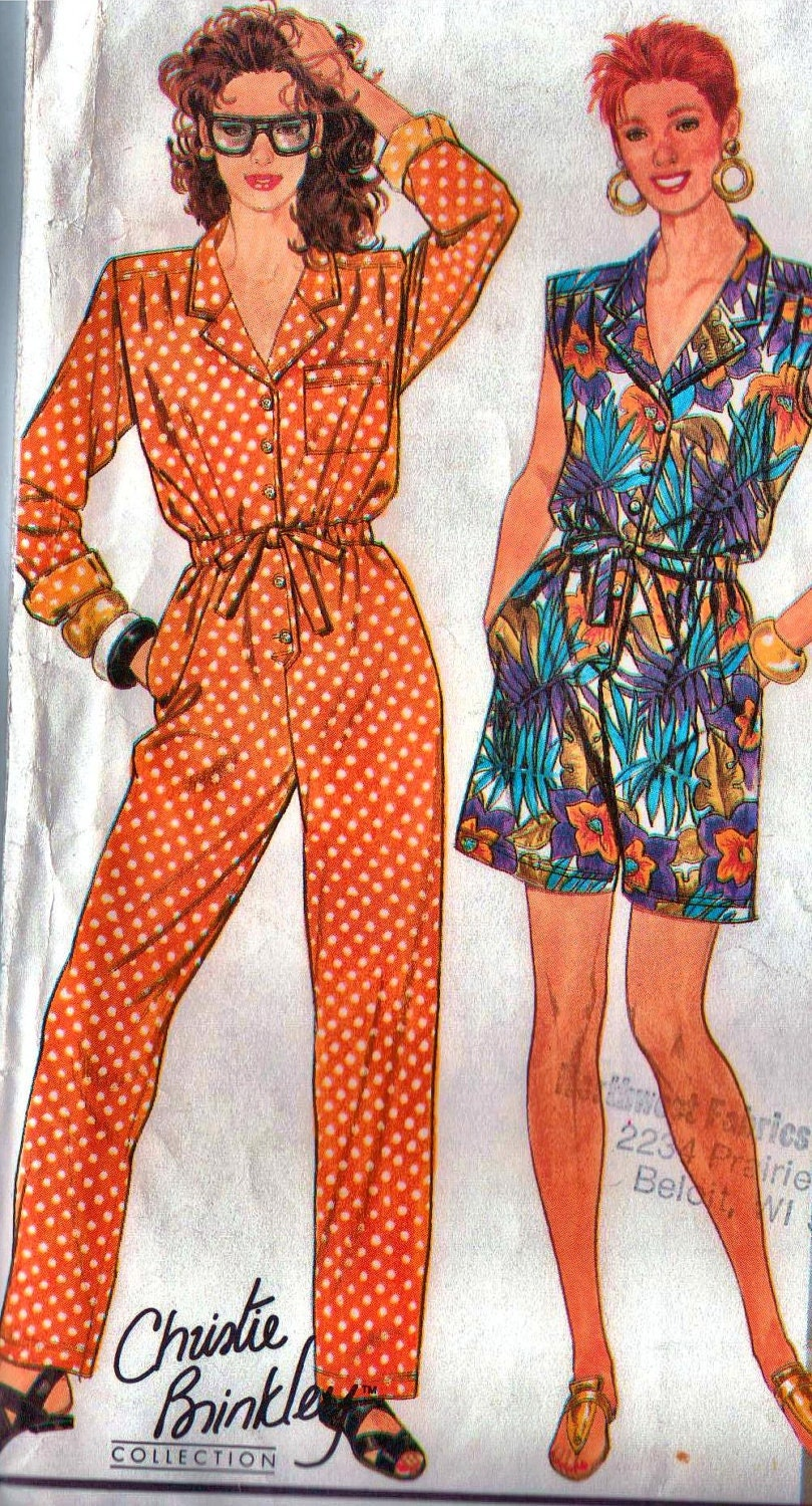 Fantastic  Jumpsuit Romper Womens Vintage Sewing Pattern Bust 32 12  1960s