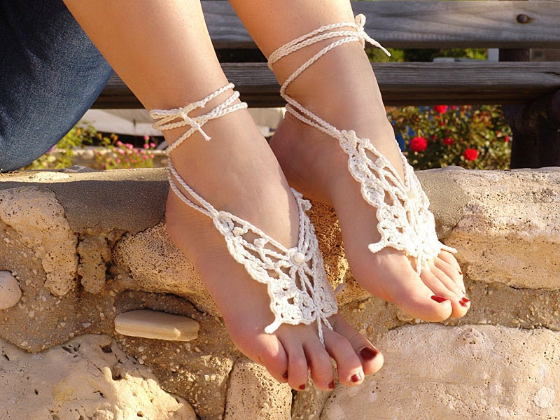 Crochet  Barefoot Sandals, CREAME Butterfly, ivory