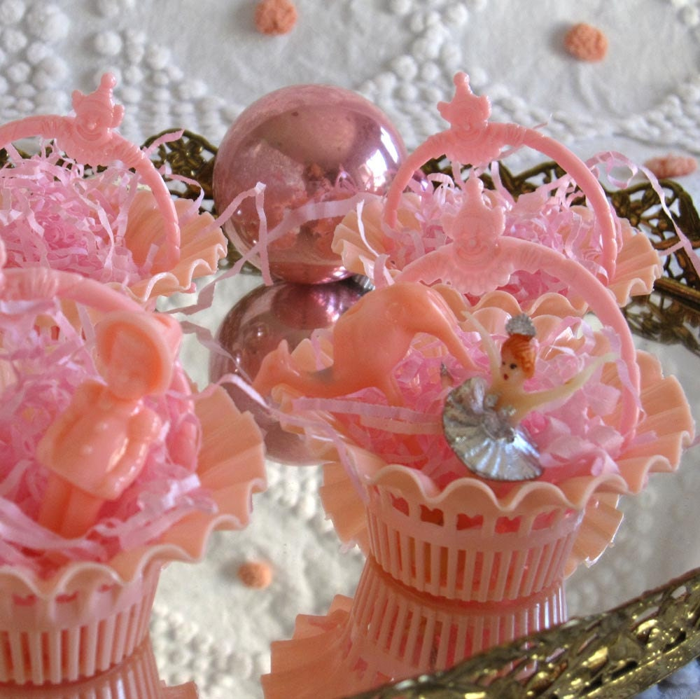 6 Darling Vintage Sweet Pink Party Favor Filigree Baskets Nut Cups