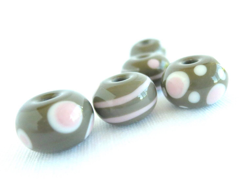 Bead Set Grey and Pink, Handmade Glass Beads, Art Glass Bead Set, Lampwork Bead Set, Set of Grey Beads - jocaledesign