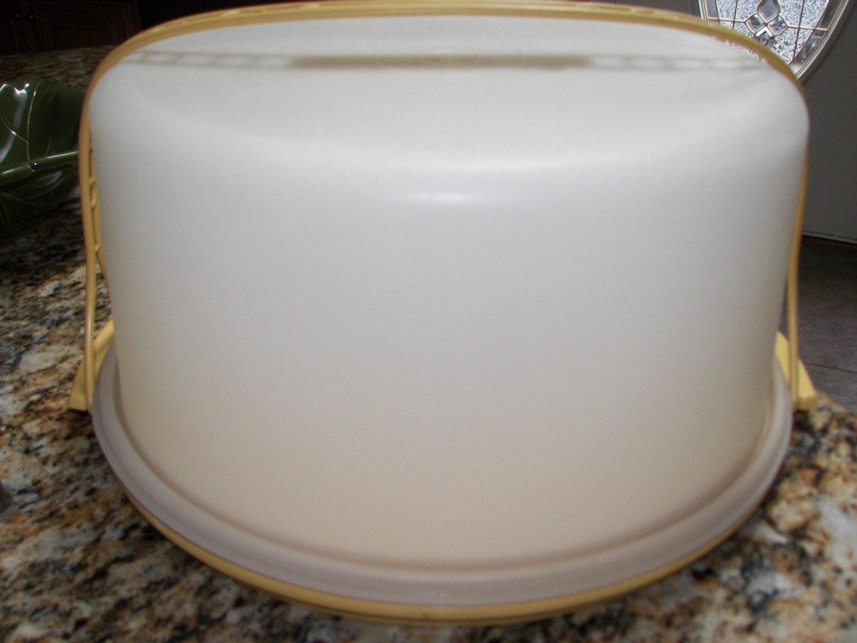 Large Tupperware Cake Carrier