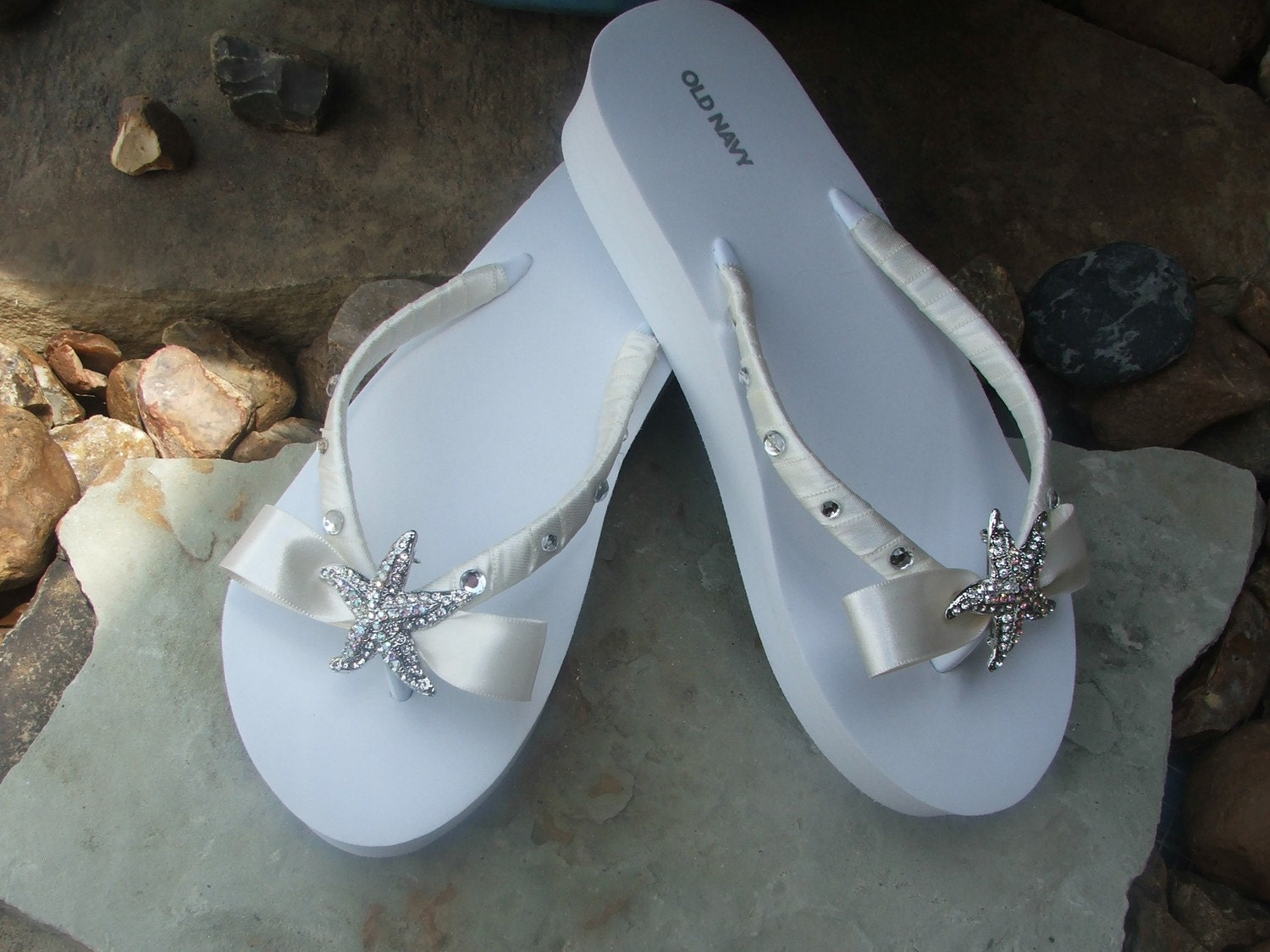 Adorable wedding rhinestone starfish boutique bow flip flops