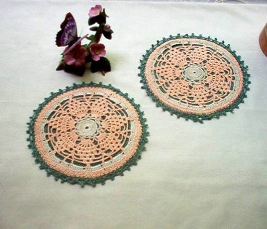 Peachy Pineapple Hot Pads Mats Trivets Set of 2 Crochet Thread Art