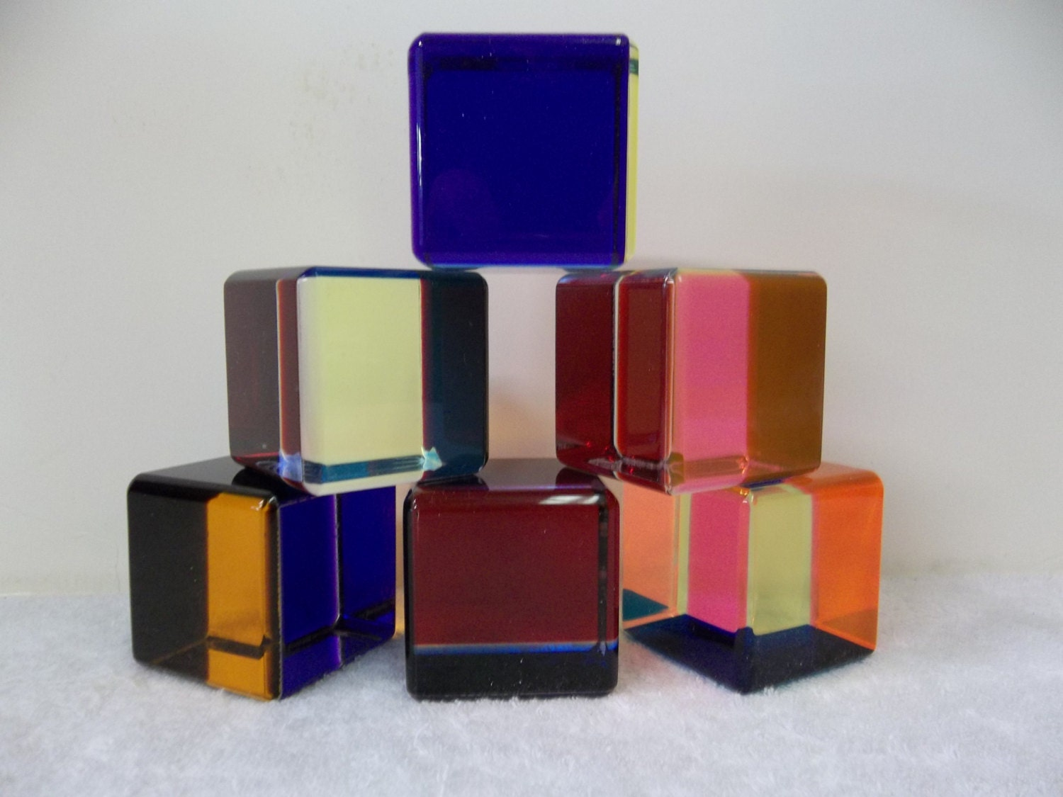 SIX Vintage Lucite Cast Acrylic Mid Century Modern Vasa Mihich Cubes 578 - ModernArtObsessed