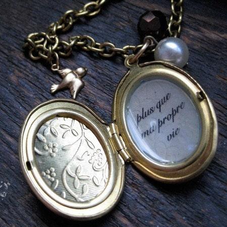 Renesmee's Locket - Twilight Inspired Nessie Necklace - Breaking Dawn