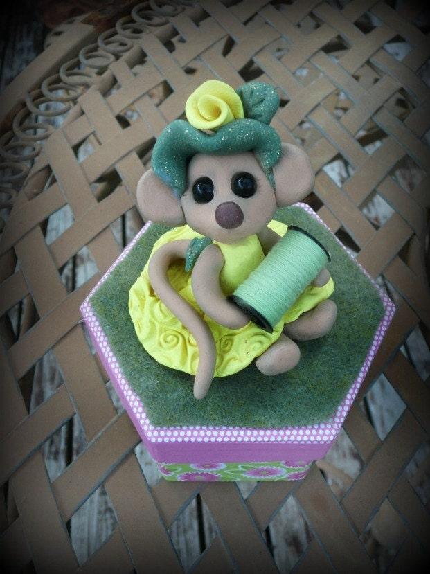 Abrigail Mouse  - Seamstress