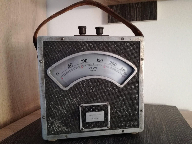 Very old antique volt meter CROMPTON  CO  England. 1900