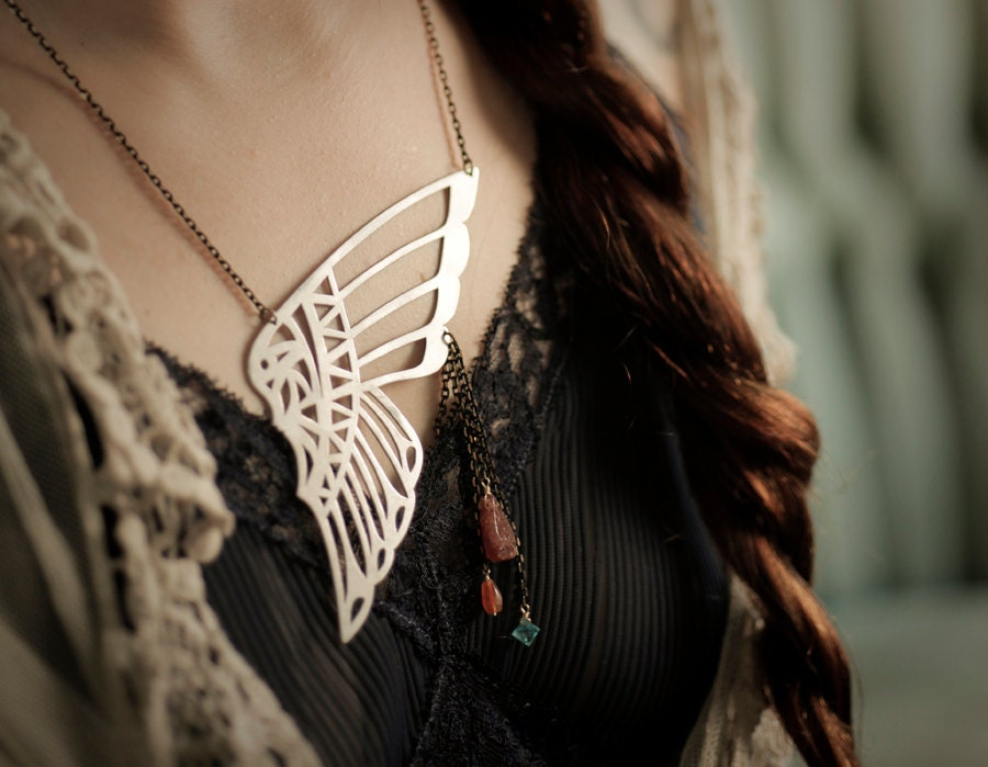 Disco Headdress Necklace - scarlettgarnet