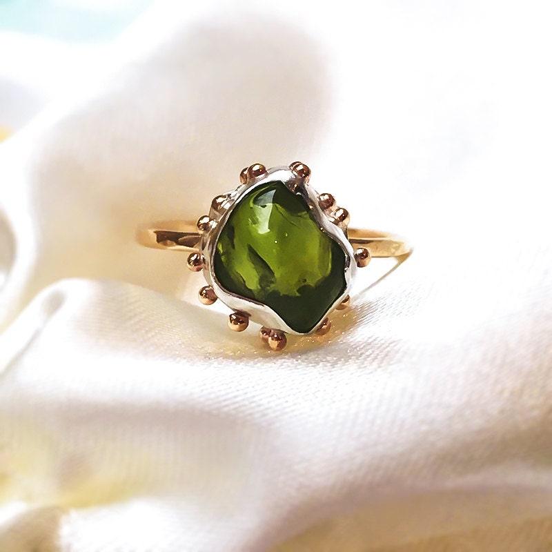 Peridot nugget ring Nugget ring Peridot Gold ring Natural Peridot 9ct solid gold ring with Fine Silver setting.
