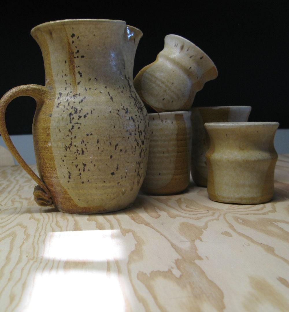 Ceramic jug and tumbler set