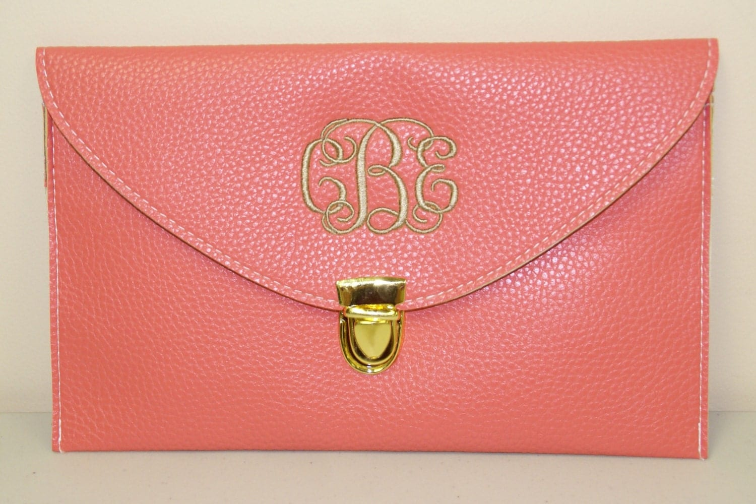 Monogrammed Clutch Purse - Choose from 13 Purse Colors