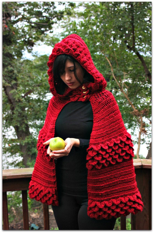 Kırmızı Bayan Pelerin Modeli