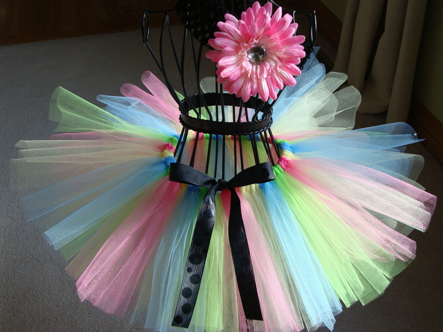 JUMPING JELLY BEANS tutu w/ matching headband.....Perfect Spring Pictures, Birthday Girl, Dance or Gifting