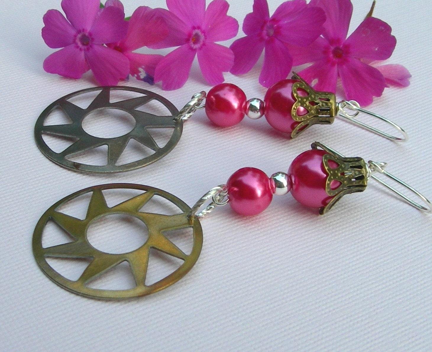 fuschia pearl top hat earrings