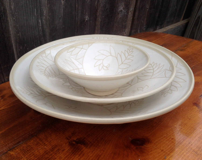 White Fern Pottery Nesting Bowls for Serving / Handmade Set of 3