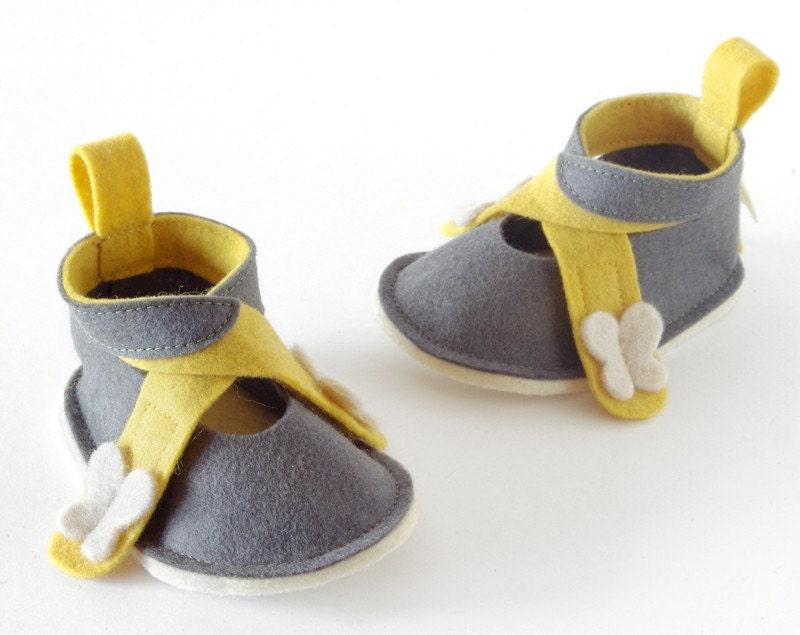 Baby maryjane shoes LaLa Gray white & yellow - pure wool felt baby girl booties