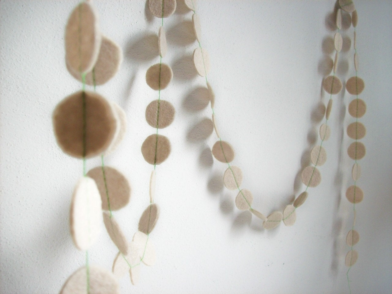 garland strand chrismas winter ornament