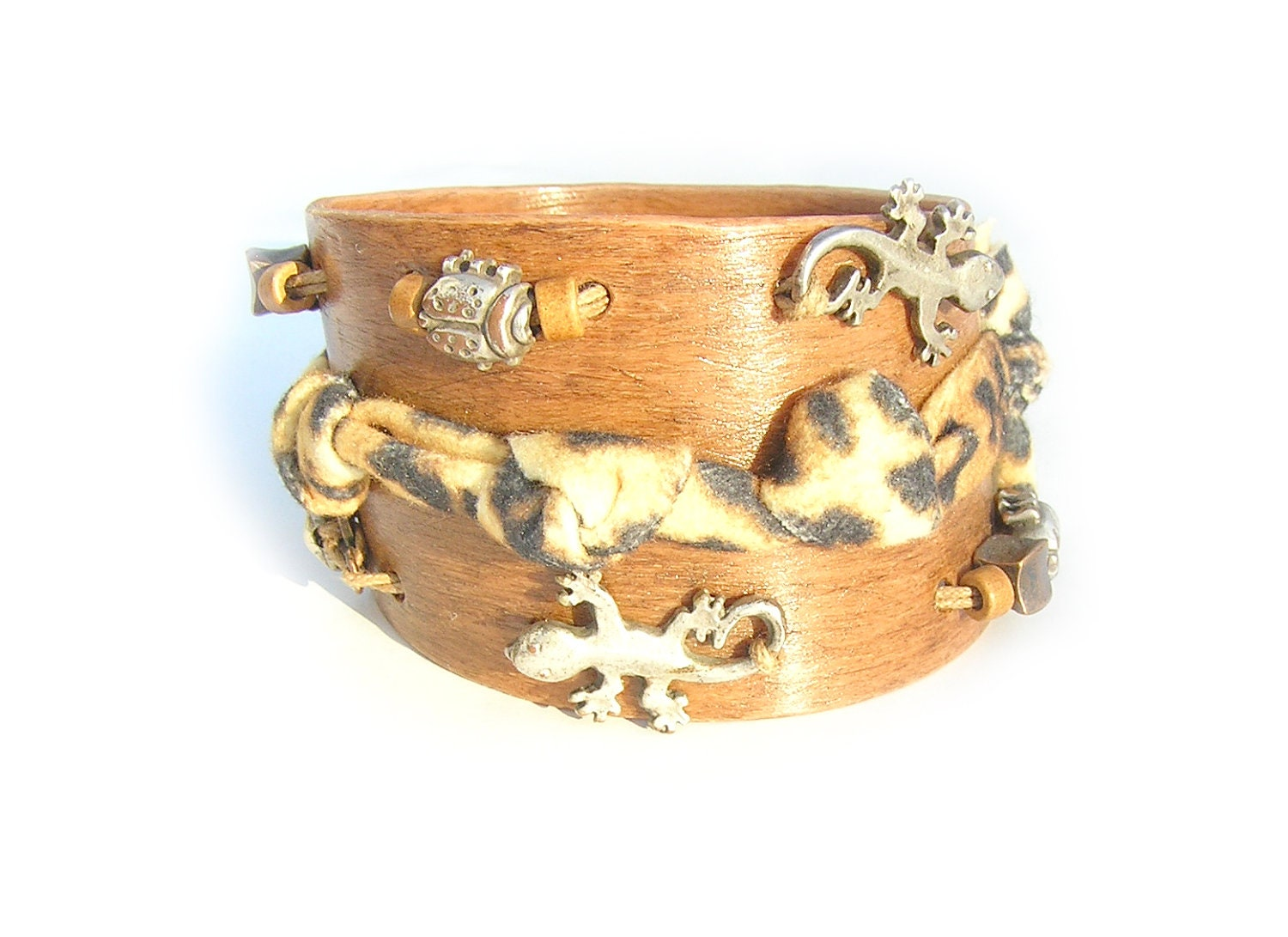 "Bracelet ""Jungle"". OOAK. Handbeded, appliqued jewelry. Vivid art design - myParadeShop"