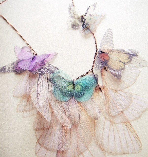 Просто бабочка ожерелье