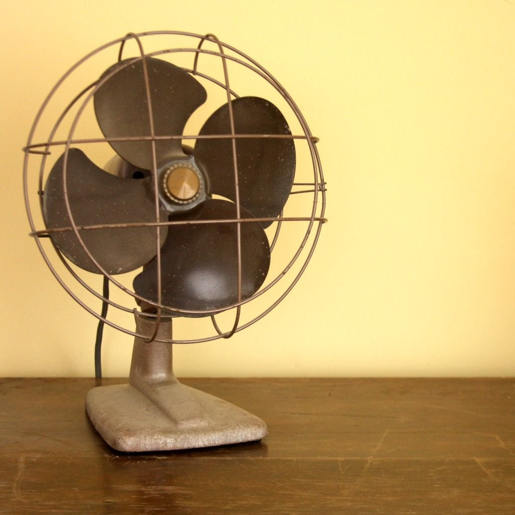 Vintage Oscillating Table Top Fan
