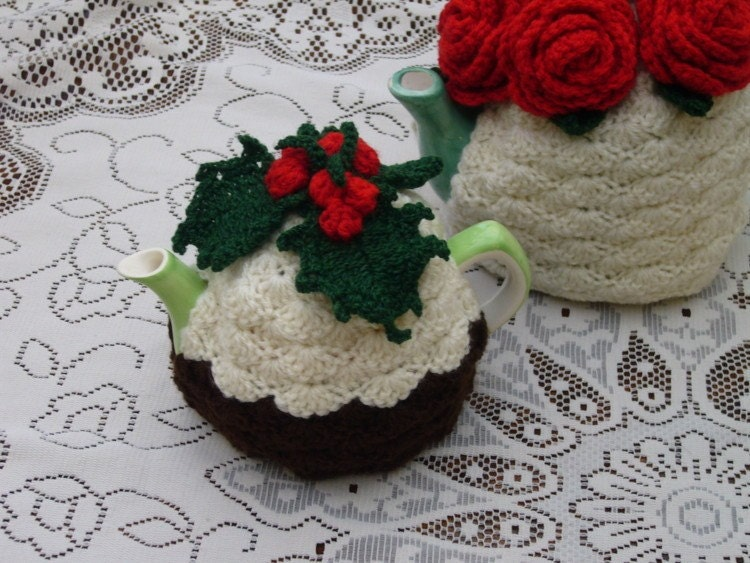 Cup Crochet Christmas Pudding Tea Cosy by andrealesleycrochet