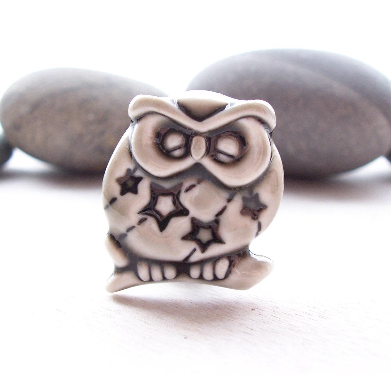 Brooch Porcelain Sleeping Owl Glazed Warm Grey
