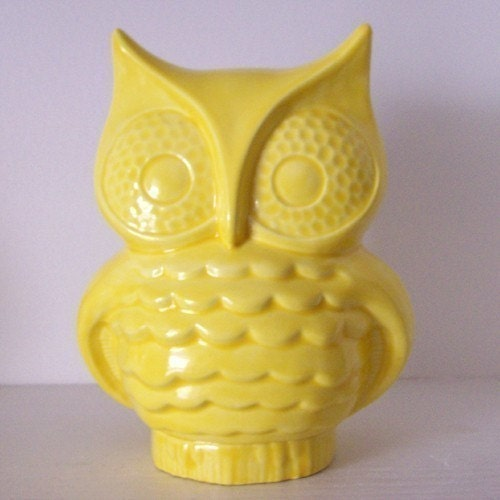 Ceramic Owl Bank Vintage Design Lemon Yellow, PREORDER