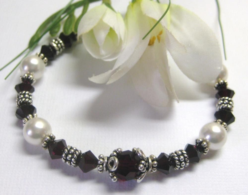 January Swarovski Crystal Birthstone Bracelet