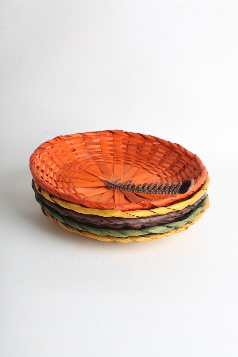 vintage wicker paper plate holders by thisvintagething on etsy. Black Bedroom Furniture Sets. Home Design Ideas