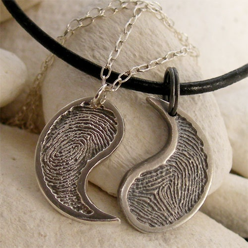 His hers yin yang necklace set silver fingerprint by lukelys for Couples matching jewelry sets