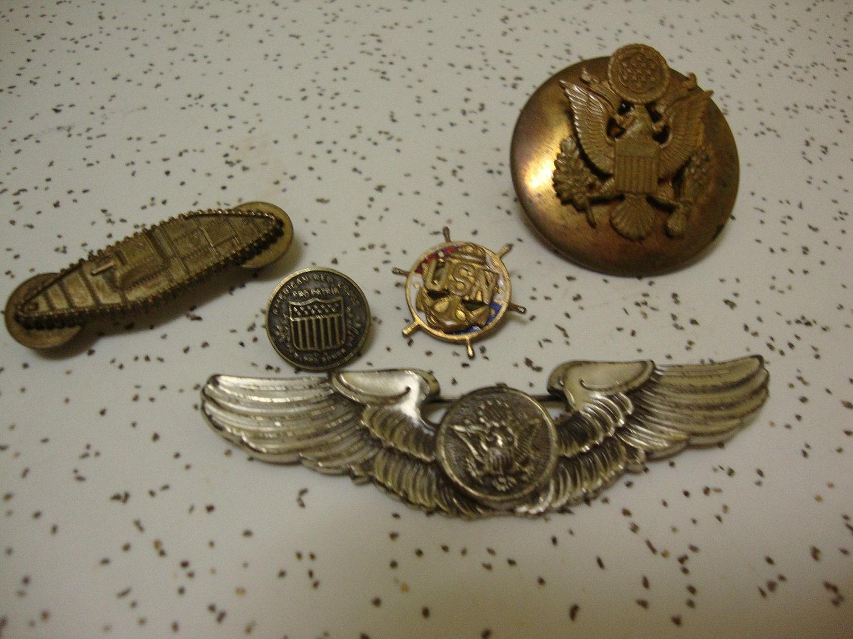 Vintage Military Pins 37
