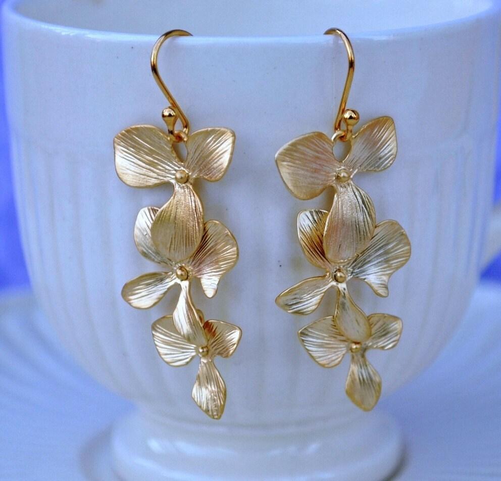 Earrings orchid flower gold