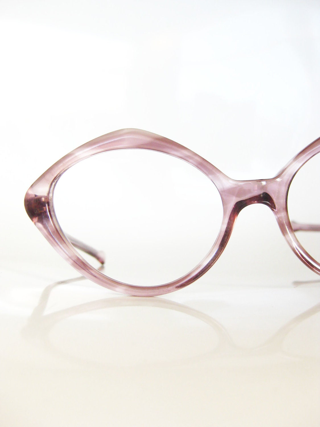 Old Eyeglass Frames New Lenses : Vintage Ladies Eyeglasses Purple NOS New Old by OliverandAlexa