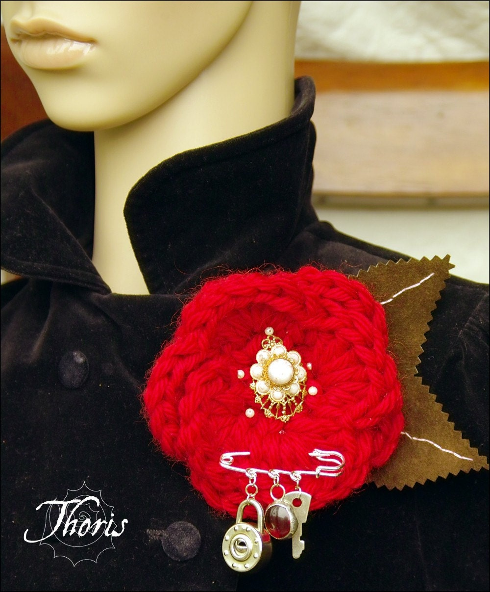 Key to the Rose Garden - Crochet Red Rose Brooch by Thoris Designs on Etsy