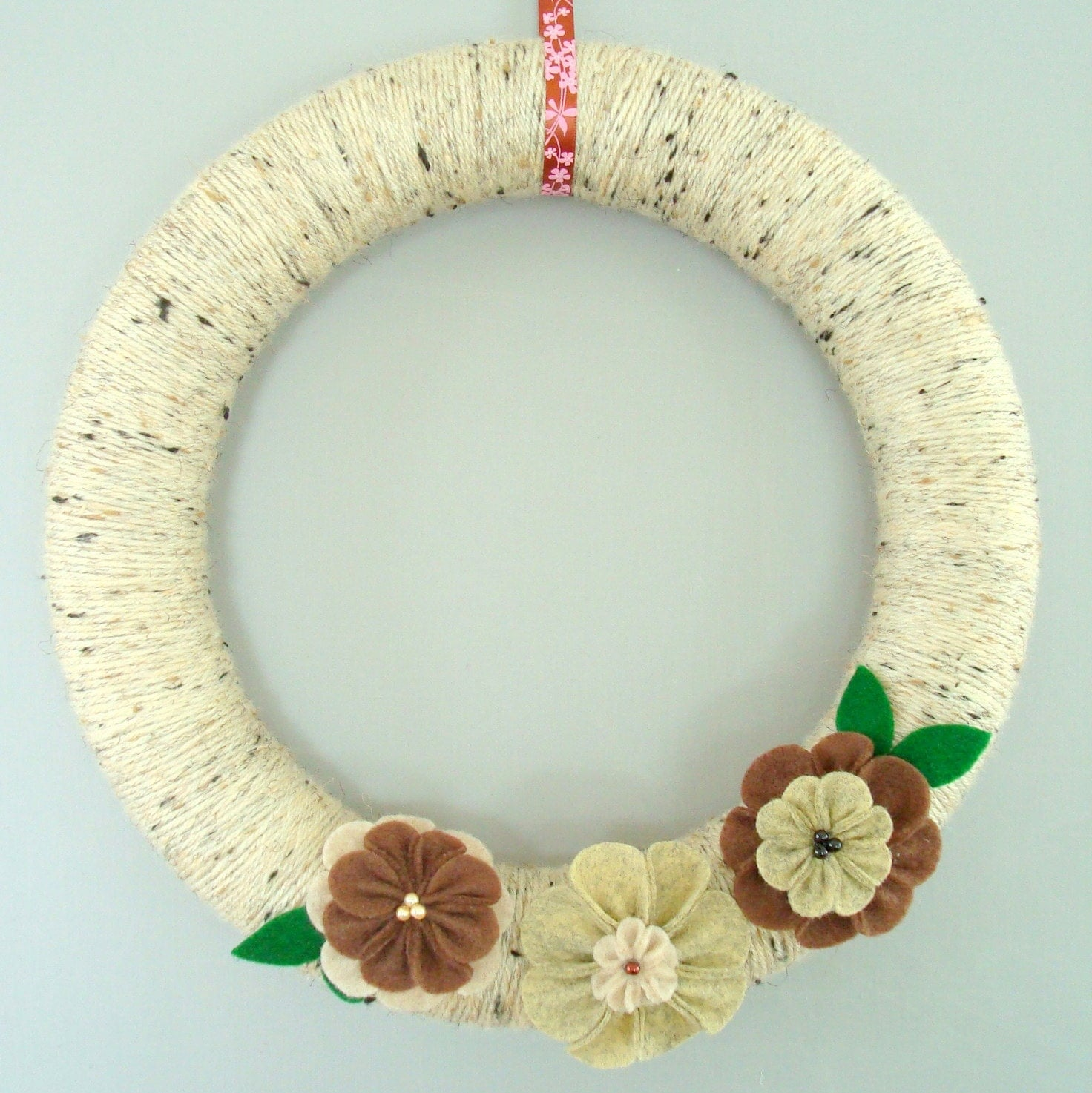 Summer wreath Yarn and Felt Flowers - Oatmeal, Beige, Green, Brown - Warm oatmeal and peppermint tea