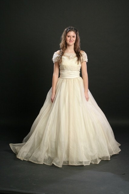 Vintage 50s Ivory Wedding Prom Dress