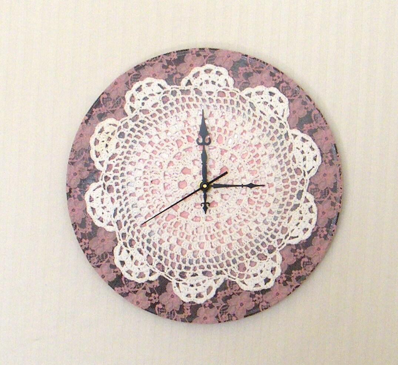 Винтажные круглые настенные часы