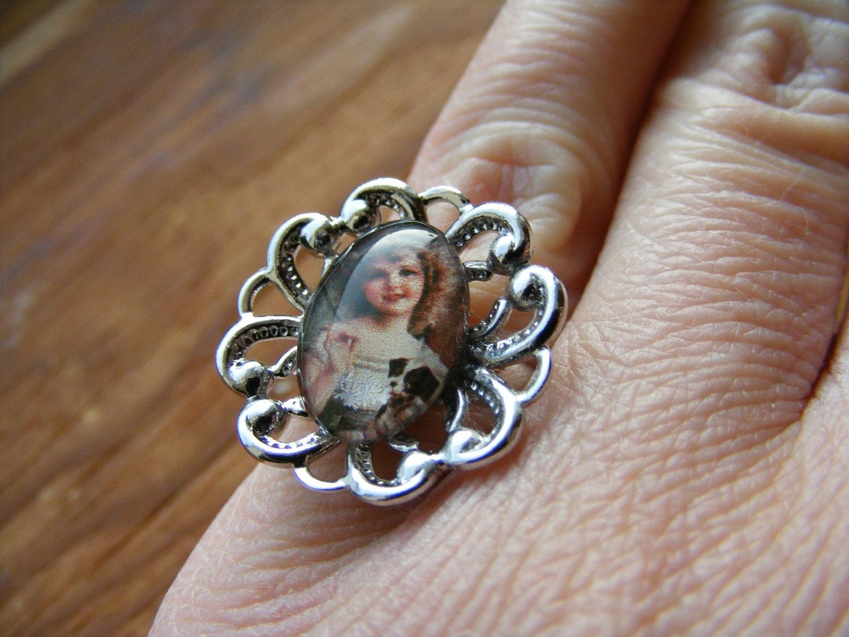 Ring Vintage Babe N Pup