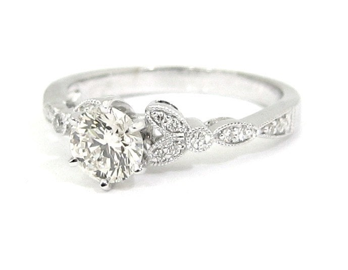 ROUND CUT DIAMOND ENGAGEMENT RING 1.00CTW 18K