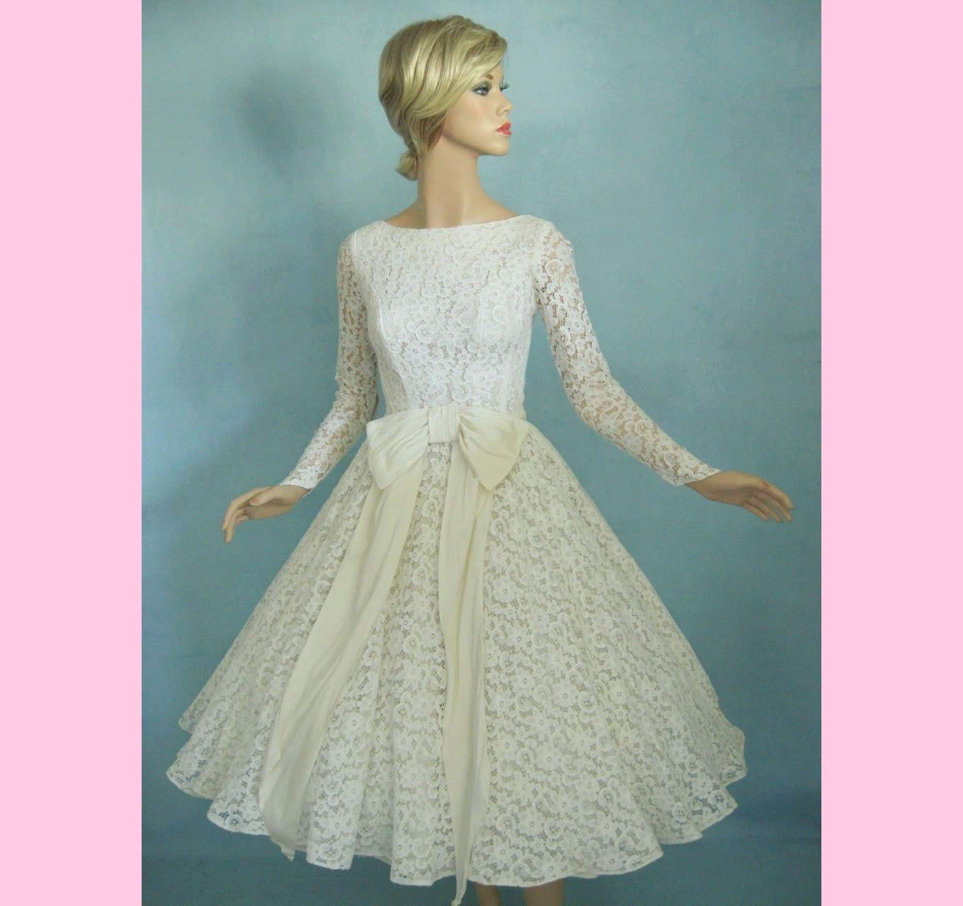 vintage wedding dress with sleeves. Tags : vintage wedding dress